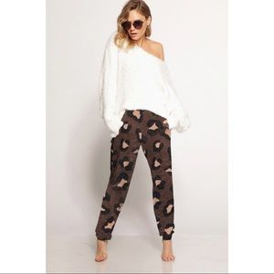 Hannah Beury Pants - Leopard Print Joggers with Pockets